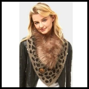 Trendy Faux Fur Tube Scarf!